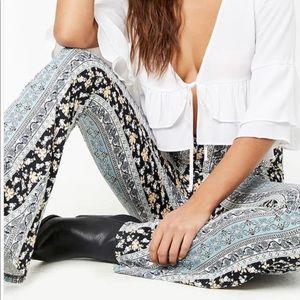 Flare knit pants